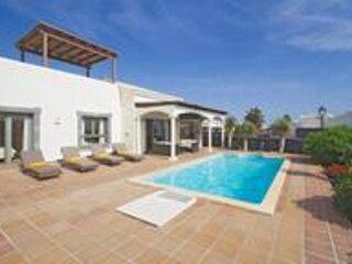 Villa Alegria, location de vacances à Yaiza