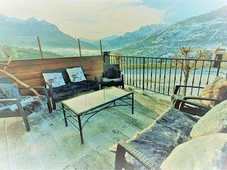 Panorama apartment Briancon, large terrace Mountain Views, sleeps 8, 2 bathrooms