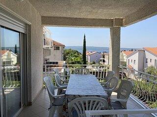 Brankica - 4 bedroom apartment: A1 VELIKI (8+1) - Selce