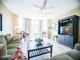Gorgeous condo in Barefoot Golf Resort + FREE DAILY ACTIVITIES!
