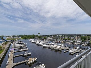 Check out the Boats &the Views from this Gorgeous Condo on the Waterway!