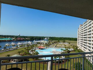 Gorgeous Views from Yacht Club Villas 1-805! Great Location & Beautiful!