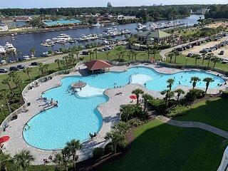 Amazing Views of Waterway & Bridge in Yacht Club Villas!