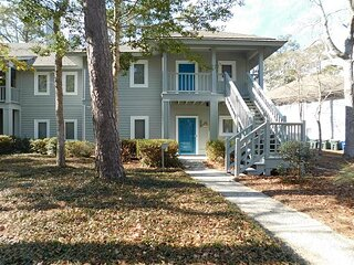 Updated 1st Floor Condo in Teal Lake in Tidewater! Quiet & Serene!