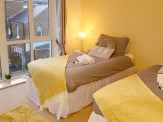 Broadstairs Kent - Stunning House with Free Parking