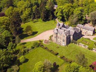 Letham Grange Chateau Sleeps 28 - 5881952