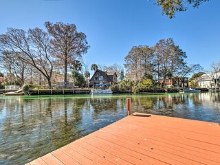 NEW! Weeki Wachee River Home on Main River by Park