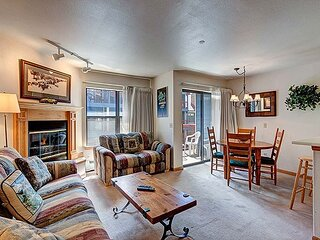 River Mountain Lodge 321W: Ski-In, Downtown Breck!
