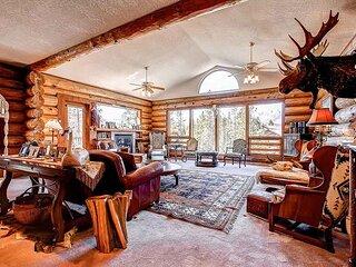 Swan River Lodge Home: Spacious, Hot Tub!