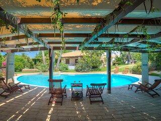 Cassandra, villa with shared pool in Marina di Ragusa