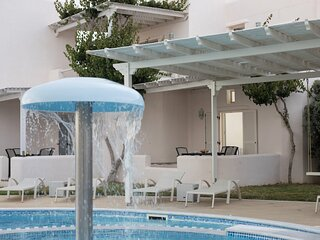 Naxos Relaxing Pool View Maisonette 4