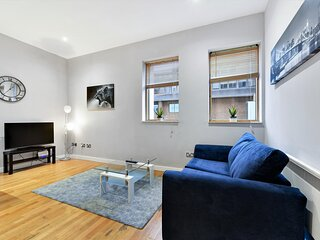 Reading Town Centre Homeworking Apartment 1 bedroom
