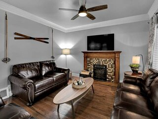 New Listing! FREE Activities, 4 TVs, Near Downtown SLC, BBQ, Outdoor Furniture,