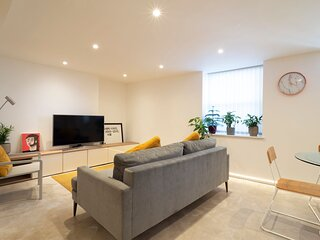 Albert Terrace - basement apartment by Margate Sands