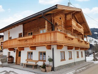 Stunning home in Kolsassberg with WiFi and 4 Bedrooms (ATI018)