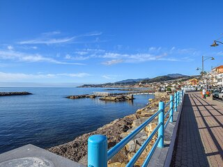 Beautiful apartment in S. Stefano al Mare with 2 Bedrooms (ILP171)