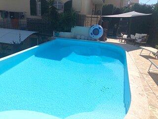 Elegante appartamento con piscina ad uso esclusivo