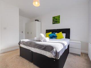Luxury Riverside 2 Bedroom Apartments