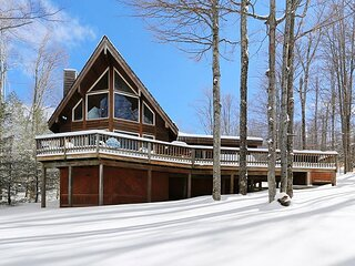 Beautiful contemporary home offers comfort and convenience in EVERY season.