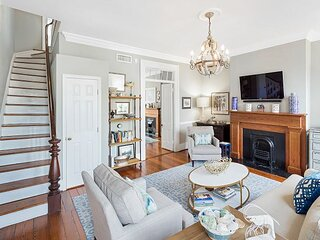 Gorgeous Fully Furnished Home Near Forsyth Park by Lucky Savannah