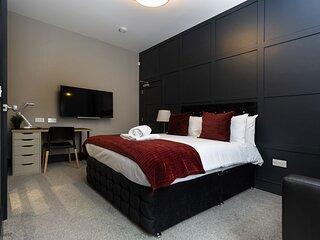Suite 2 by Bootique Luxury Suites and Studios Wakefield - Ground Floor Bedroom S