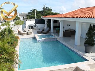NEW! Palm Beach # 34 Suitable for 8 persons 4 bedrooms, 4 bathrooms