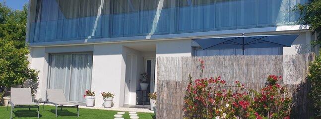 Façade Villa Harmony