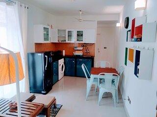 Cosy 2-Bedroom Beachside Apartment - Riva Dimora