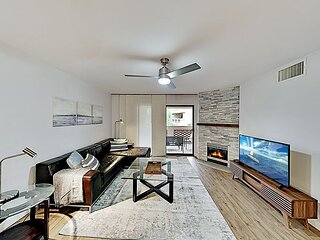 Updated Modern Getaway | Pool, Hot Tub & Gym | 1 Mile to Dining & Shops
