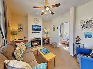 Pacific Plaza Resort | Top-Floor Condo with Hot Tub | Steps to Beach, Dunes