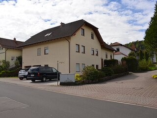 Charming 2-Bed Apartment in Kindsbach