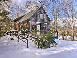 Rustic Searsport Cabin: Loft + Sunroom on 10 Acres