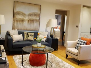 Luxury Hillside Apartment, sleeps 4, Great Malvern Centre
