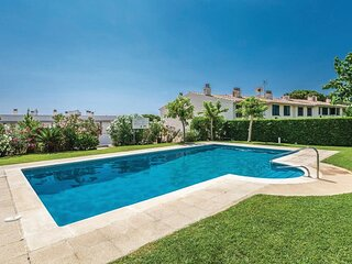 VILLA VIA, FOR 8 PEOPLE, WITH SHARED POOL