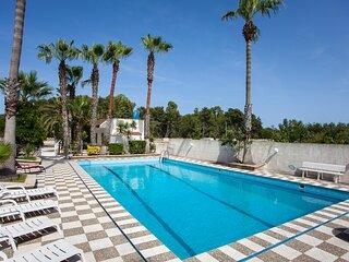 Villa con piscina vicino al mare m133