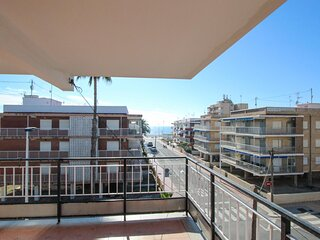 Nice apartment in Santa Pola with WiFi and 3 Bedrooms (EBI401)