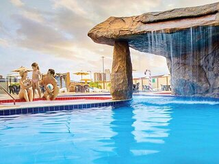 Caldas Novas Flat com parque aquático - Go