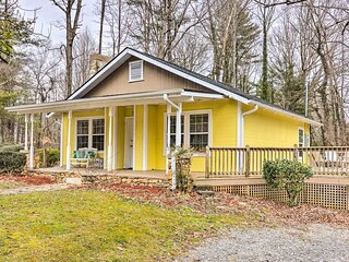 Charming Hendersonville Home 1 Mi to Main St!