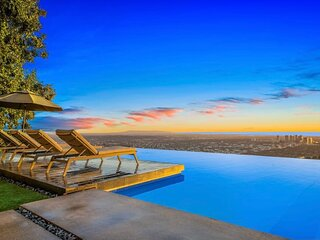 10 Million Dollar Hollywood Sky Villa
