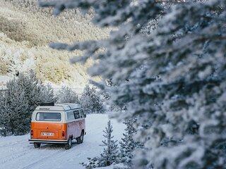 Advantura - VW Kombi T2 - Campervan Rental