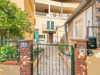 Bright Finalborgo Apartment - BBQ, Bike Storage, Garden