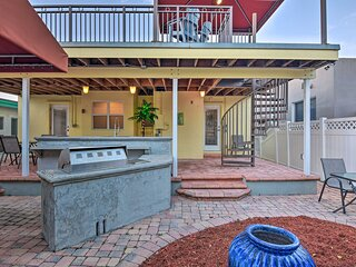 NEW! Conveniently Located Duplex Home in Hollywood