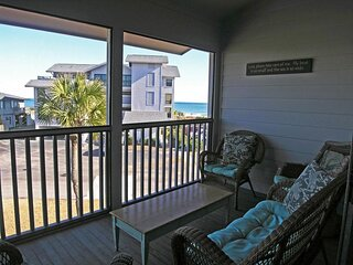 Second Row Condo, Easy Walk to Beach, Screened Porch Overlooks 1 of 2 Pools