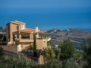 Lygaria Villa Sleeps 11 with Pool and Air Con - 5882776