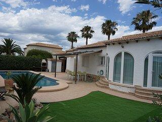 Villa MIGUEL en Els Poblets.