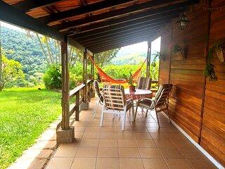 Sitio Queluz Itaipava com piscina e churrasqueira