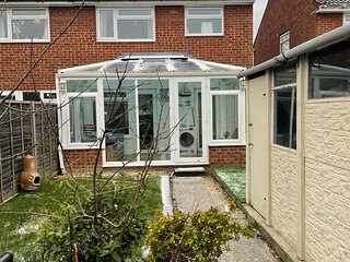 Lovely 3 bed semi detached house, heart of Surrey