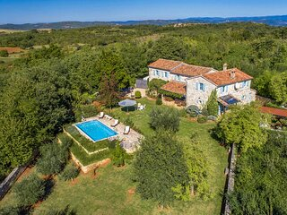 Beautiful Villa Giselle, in Istria, with a Pool