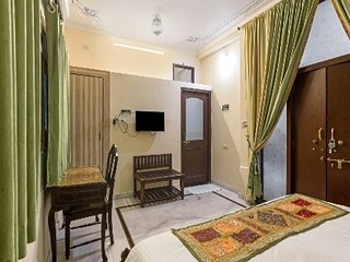 Sun heritage haveli Room