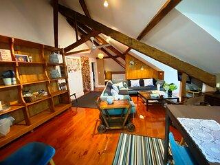 Premium 1 Bedroom STUDIO 9 Rooftop + Terrace